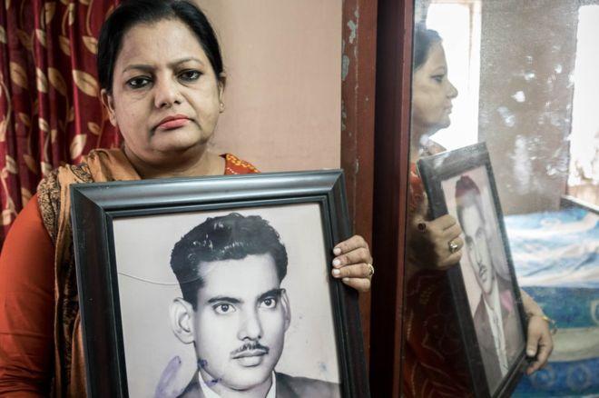 Suraya Parveen señala que la tumba era el último símbolo de su padre. (Foto: Amirul Rajiv)