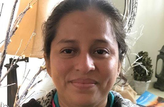 Perla Miranda De Velásquez pide que le devuelvan a su hija de 12 años. (Foto Prensa Libre: Nexus Services)