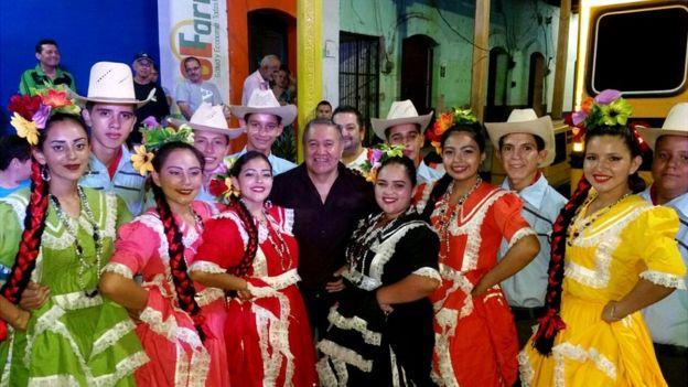 Pilo Tejeda asumió su escaño como diputado en enero de 2018 pero asegura sentirse más artista que político y sigue grabando en solitario o en colaboración con otros artistas. CORTESÍA DE NAHÚN MARTÍNEZ