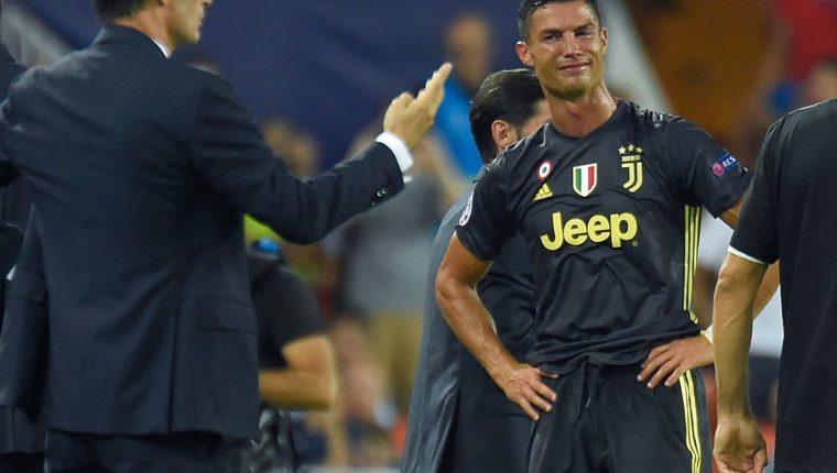 Cristiano Ronaldo tuvo un inicio de pesadilla en la Champions League. (Foto Prensa Libre: AFP)