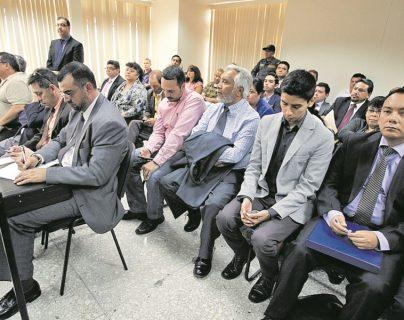 Procesados en el caso IGSS-Pisa durante una audiencia. (Foto Prensa Libre: Hemeroteca PL).