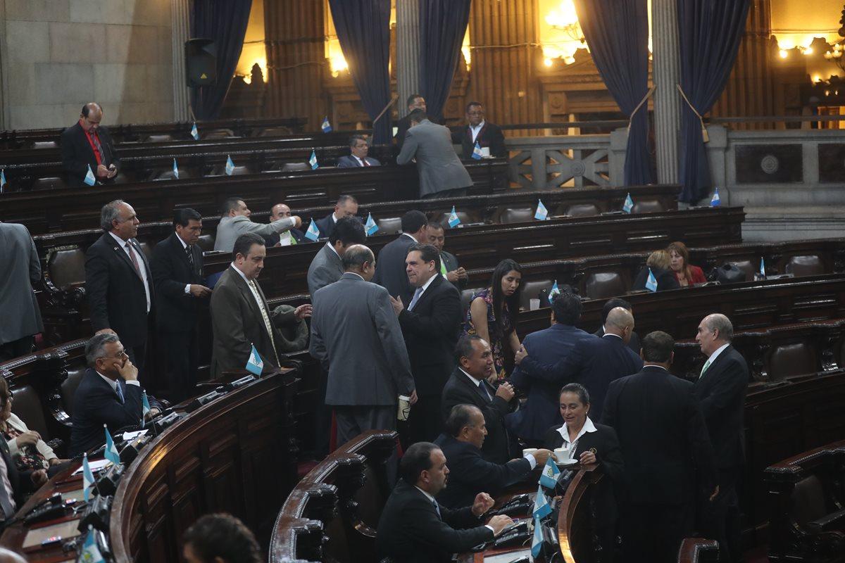 Oficialismo priorizará agenda confrontativa al reiniciar periodo de sesiones