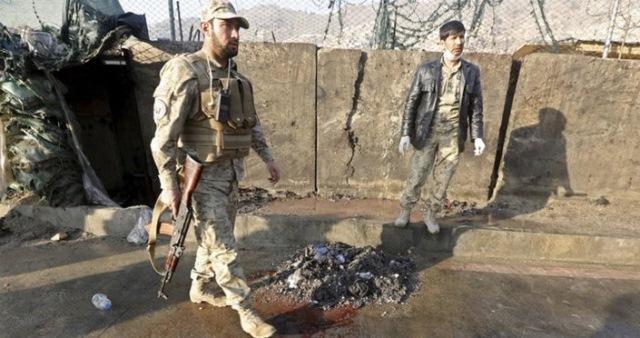 Ataque suicida deja más de 10 muertos en Afganistán. (Foto Prensa Libre: EFE)
