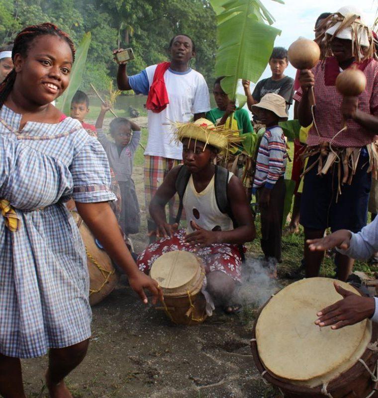 La danza forma parte importante en el desarrollo de la cultura garífuna. (Foto Prensa Libre: Dony Stewart)
