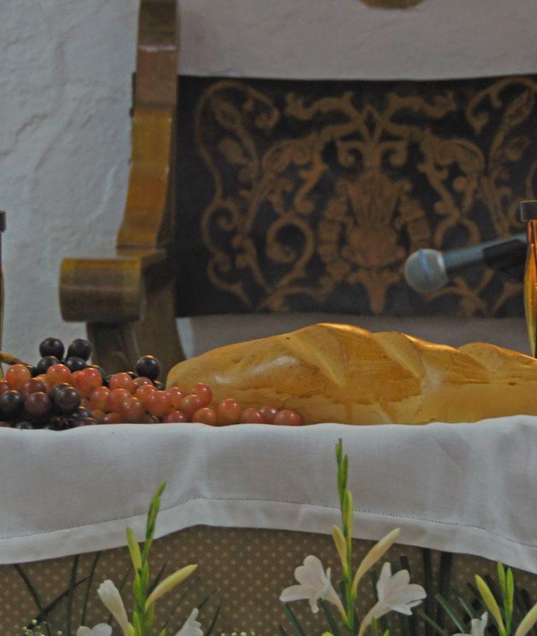 El pan y el vino, símbolos eminentemente eucarísticos. (Foto: Néstor Galicia)