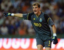 """Iker Casillas, portero del Oporto, destacó como """"clave"""" en su gran momento haber completado la adaptación al equipo. (Prensa Libre: Hemeroteca PL)"""