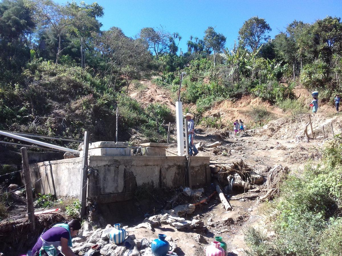 Hundimientos ponen en riesgo a familias de El Barrial