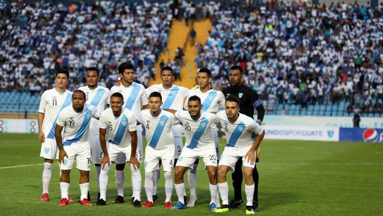 La Selección Nacional regresó a jugar el 15 de agosto frente a Cuba en el Doroteo Guamuch Flores. (Foto Prensa Libre: Hemeroteca PL)