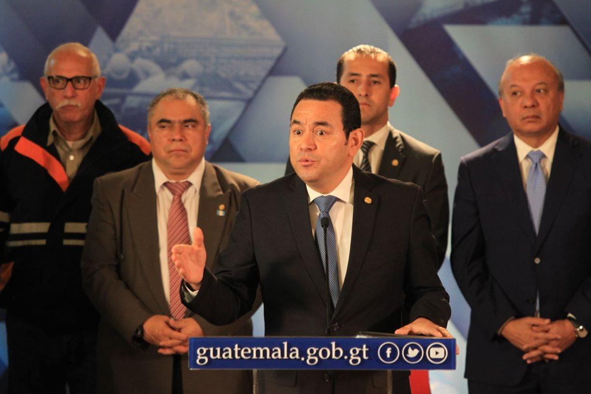 Jimmy Morales no acepta la renuncia de ministros de Gobernación, Trabajo y Finanzas