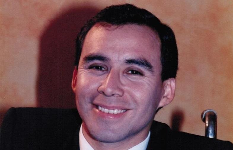 Abogado resuelve casos legales de guatemaltecos en EE. UU.