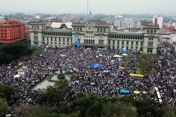Empresarios ven a la corrupción como el principal problema en Guatemala