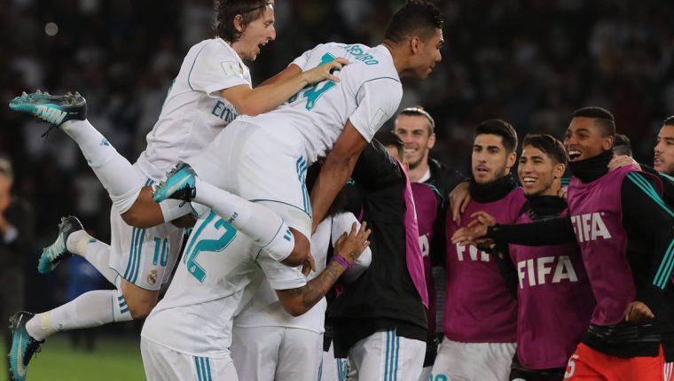 El Real Madrid sumó su quinto título del año 2017 este sábado en Abu Dhabi. (Foto Prensa Libre: AFP)