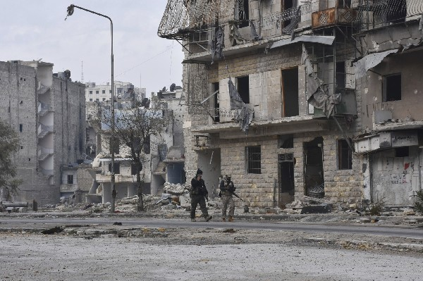 Ejército sirio se despliega en barrios que controlaban rebeldes en Alepo