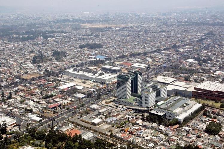 Mientras la economía crece los niveles de pobreza persisten en el país. (Foto Prensa Libre: Hemeroteca PL)