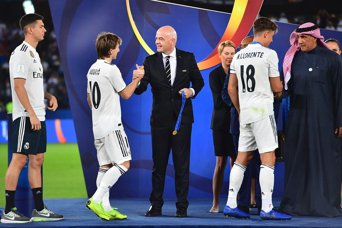 El volante croata anotó un golazo en la victoria del Real Madrid contra el Al Ain, en la final del Mundial de Clubes. (Foto Prensa Libre: AFP)