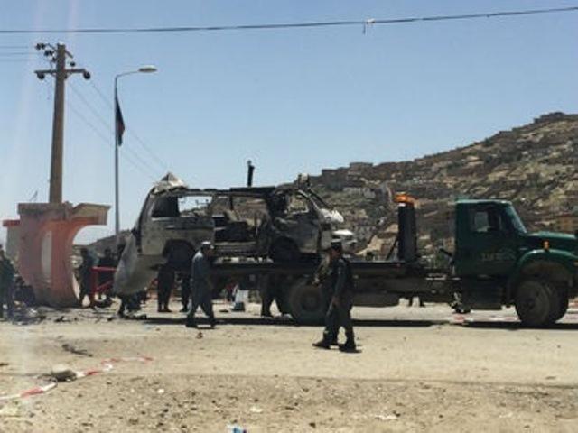 Diez muertos y cuatro heridos en un atentado suicida en Kabul