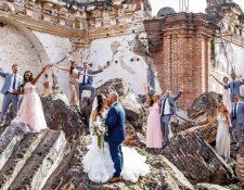 Siete de cada 10 bodas de destino se efectúan en el complejo arquitectónico colonial de Antigua Guatemala; le sigue Atitlán y otros destinos. (Foto Prensa Libre: Cortesía Aldo Fernández Comparini)