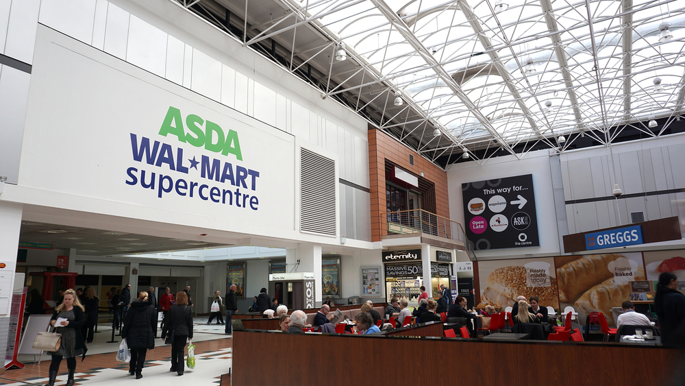 Los dos supermercados que buscan unirse por causa de Amazon