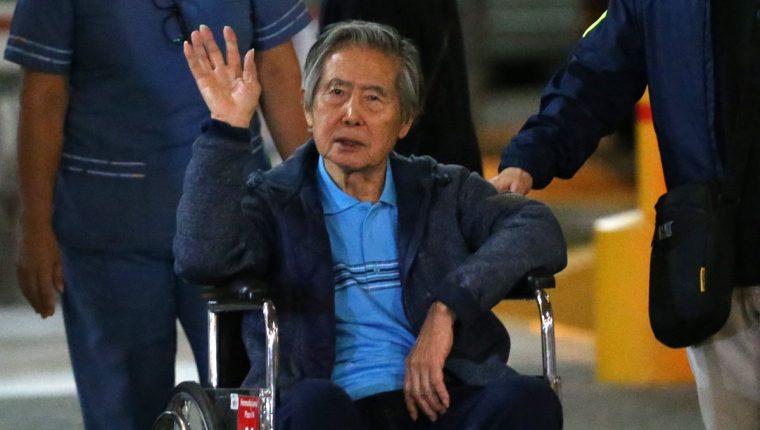 Alberto Fujimori, expresidente peruano, deberá enfrentar de nuevo a la justicia. (Foto Prensa Libre: AFP)