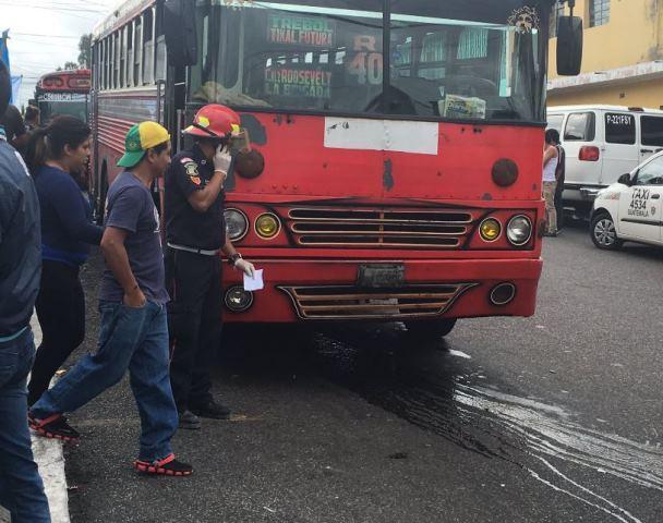 Conductor de autobús muere en ataque armado en Mixco