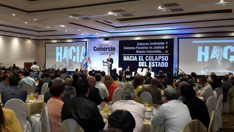 Más de mil empresarios se reunieron para debatir sobre la situación del país. (Foto Prensa Libre: Cortesía)