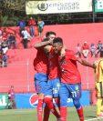 Hansen celebra su primer gol con Municipal en el amistoso de esta tarde en el Manuel Felipe Carrera. (Foto Prensa Libre: Norvin Mendoza)