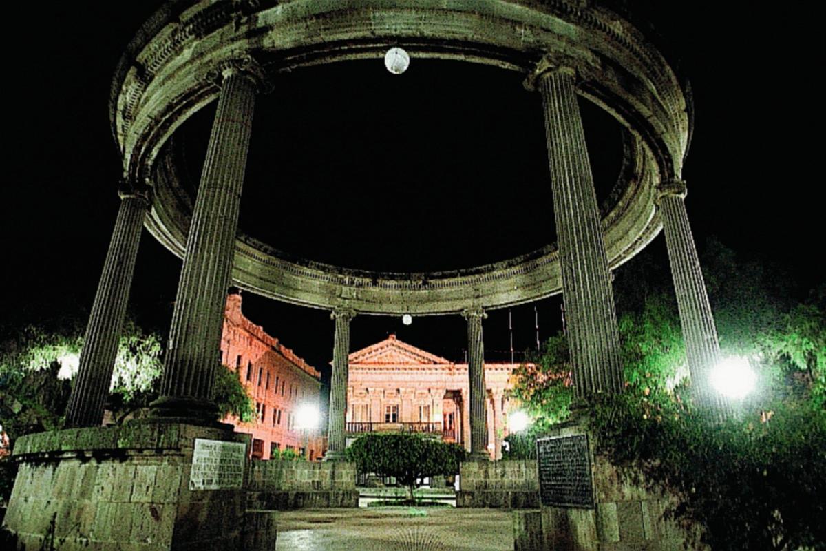 Parque Central  de Quetzaltenango (Foto Prensa Libre: Hemeroteca PL)
