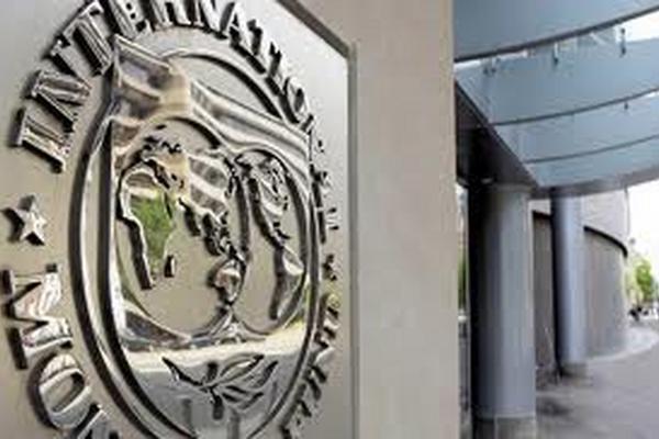 El FMI recomienda a Costa Rica reformas tributarias para aumentar su recaudación.
