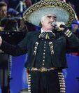 Vicente Fernández, de 78 años, se retiró de los escenarios en 2016, aunque aún graba música. (Foto: Hemeroteca PL).