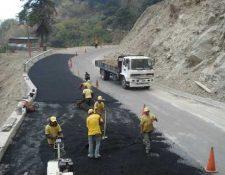 El ministerio de Comunicaciones tiene el reto de dar mantenimiento a las carreteras. (Foto Prensa Libre: Hemeroteca PL)