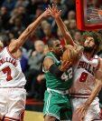 Horford -centro. fue la figura de los Celtics. (Foto Prensa Libre: AFP)