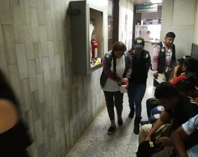 Deportan de EE. UU. a mujer que ayudó a la Patrona a escapar