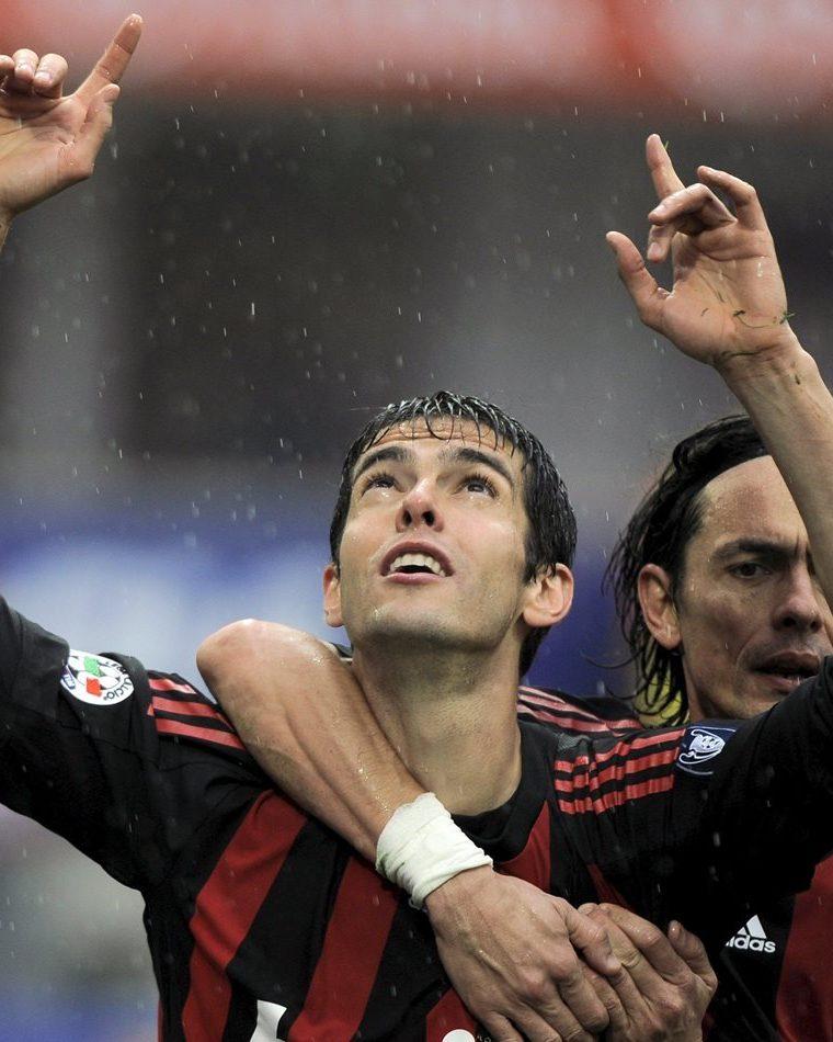 Antes de llegar al Real Madrid, cuando jugaba en el Milán, ganó el Balón de Oro. (Foto Prensa Libre: Hemeroteca)