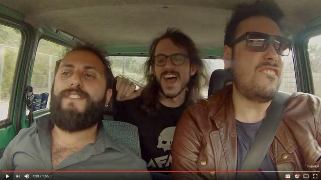 """¿Quiénes son los italianos del video """"Los efectos de 'Despacito' sobre la gente"""", acerca de la relación de amor-odio con la canción?"""