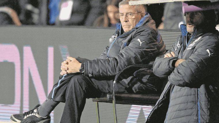 El entrenador de Uruguay, Óscar Tabárez elogió a Lionel Messi. (Foto Prensa Libre: Hemeroteca PL)