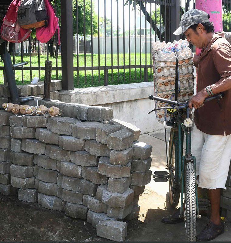 La ciudad de Masaya se convirtió en una zona de guerra con calles bloqueadas por escombros y barricadas, se declaró en rebelión contra el gobierno de Ortega.(AFP).
