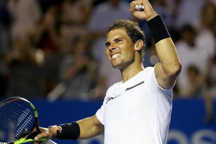 Rafael Nadal ha tomado un segundo aire en su carrera y espera brillar en el Masters 1000 de Montecarlo. (Foto Prensa Libre: EFE).