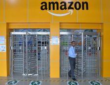 La ley india ya impide que estas plataformas almacenen productos para su venta directa al consumidor. (Foto Prensa Libre: AFP)