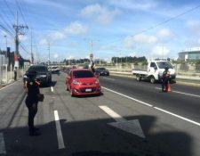 La PNC montó operativos en carreteras nacionales de todo el país. (Foto Prensa Libre: Jerson Ramos)