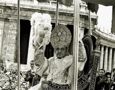 El Papa Pablo VI el día de su coronación en 1963. (Foto: AP)