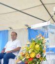 Representantes ganaderos agradecieron al Presidente Jimmy Morales el respaldo a ese sector durante una actividad en Los Amates, Izabal, el pasado fin de semana. (Foto Prensa Libre: Dony Stewart)