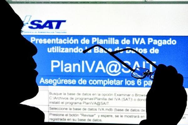 La SAT adjudicó este viernes un contrato por Q25 millones en sistemas informáticos. (foto Prensa Libre: Archivo)