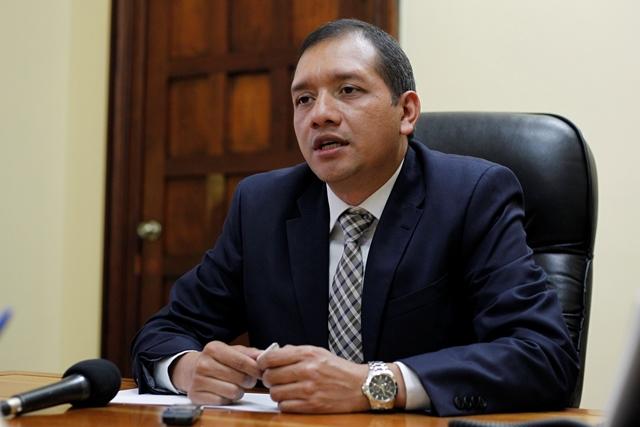El presidente Jimmy Morales aceptó la renuncia del ministro de Gobernación. (Foto Prensa Libre: Hemeroteca PL)