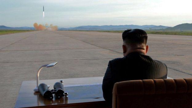 Por el momento, todo indica que Kim sigue trabajando en la fabricación de armas nucleares. (REUTERS)
