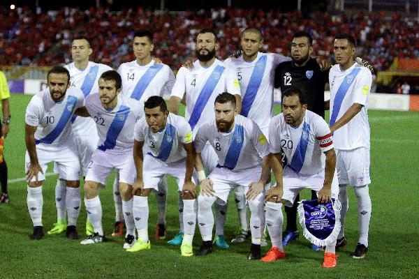 Guatemala igualó en Trinidad y Tobago y se despide de Rusia 2018. Muchos de los seleccionados jugaron su última clasificatoria. (Foto Prensa Libre: AFP)
