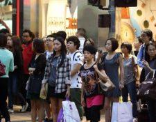 Miles de compradores saldrán a las calles. (Foto Prensa Libre: eleconomista.es)