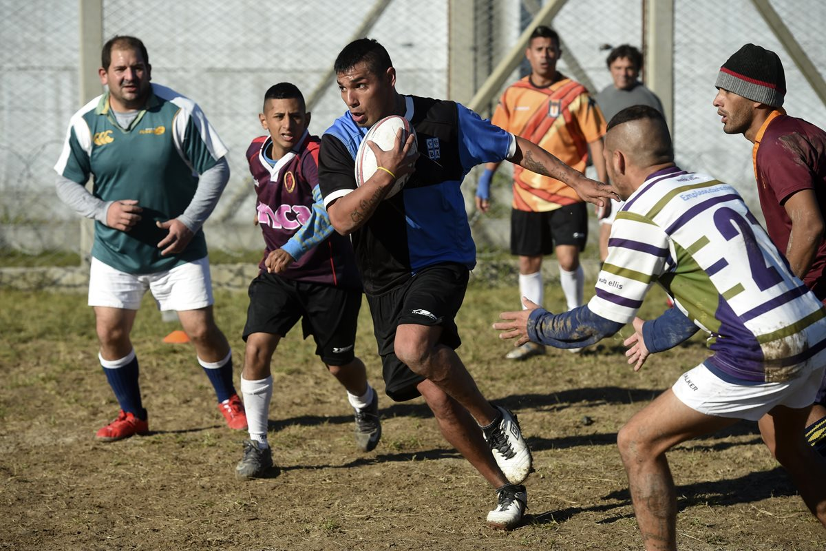 Presos juegan rugby en busca de redención en Argentina
