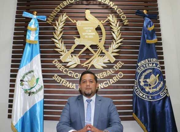 Juvell Stuardo De León De Paz es designado director del Sistema Penitenciario. (Foto Prensa Libre: @DGSPG).