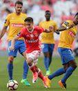 El Benfica es uno de los equipos que mostró fuerte apoyo, satisfacción y regocijo por la incorporación del Videoarbitraje.  (Foto Prensa Libre: EFE)