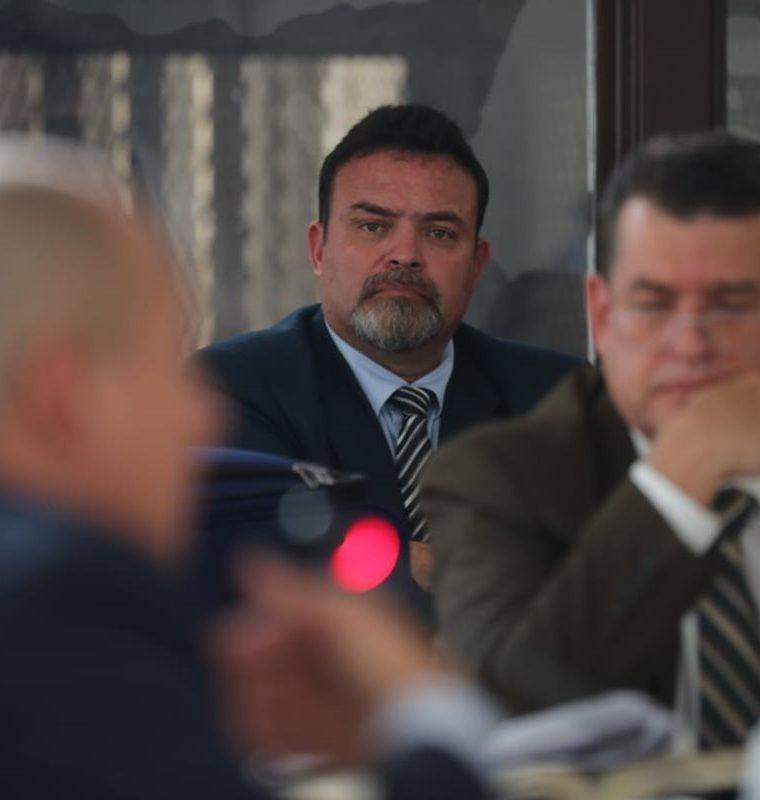 El exdirector del sistema carcelario Édgar Camargo durante la audiencia.(Foto Prensa Libre: Erick Avila).